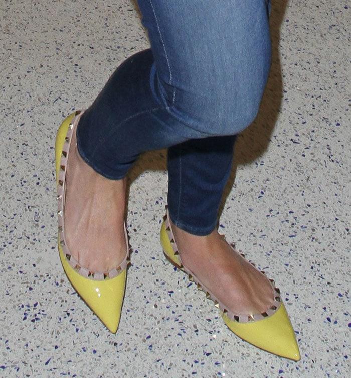 Katherine Heigl shows off her sunny yellow Valentino flats