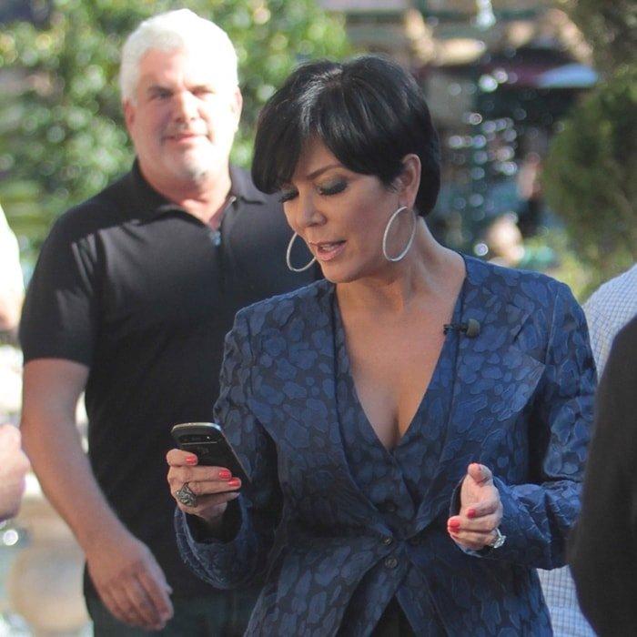 Kris Jenner S Hairdresser Alex Roldan