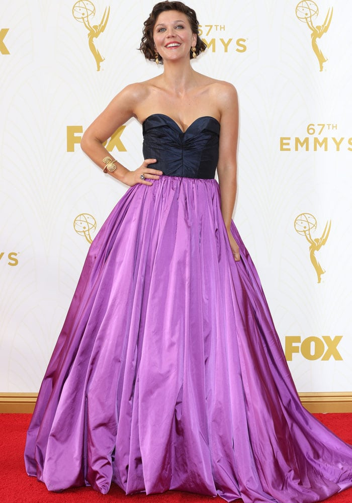 Maggie Gyllenhaal Switches Her Emmy Shoe From Charlotte