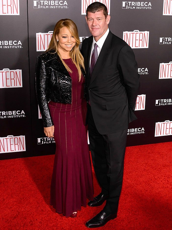 Mariah Carey and billionaire boyfriend James Packer striking a pose on the red carpet