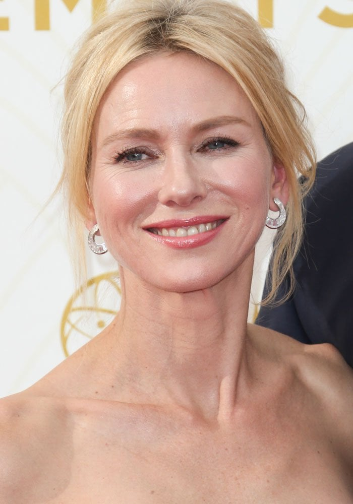 Naomi Watts attends the 67th Annual Emmy Awards