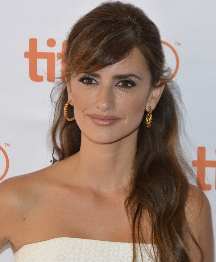 Penelope Cruz on the red carpet at the premiere of her film 'Ma Ma'