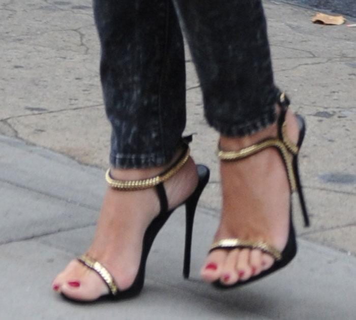 Penelope Cruz in Giuseppe Zanotti sandals