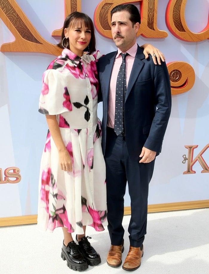 "Jason Schwartzman and Rashida Jones attend the premiere of Netflix's ""Klaus"""