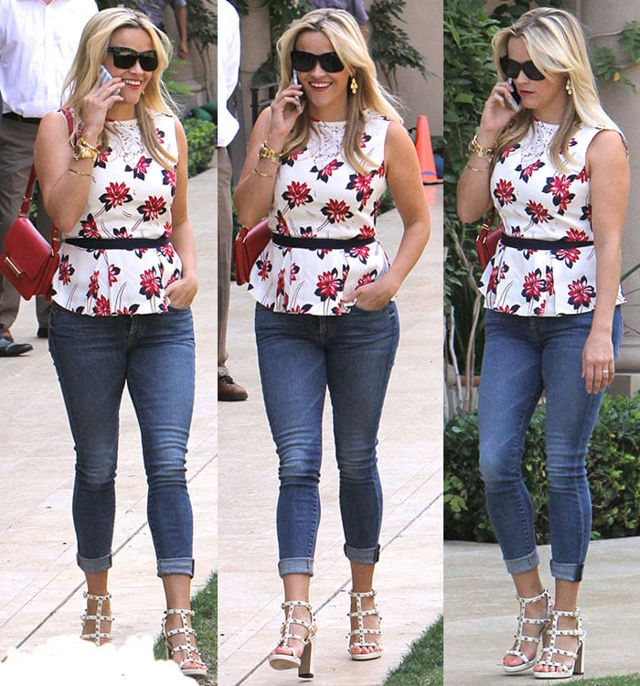 Reese-Witherspoon-Draper-James-floral-peplum-top-cuffed-jeans