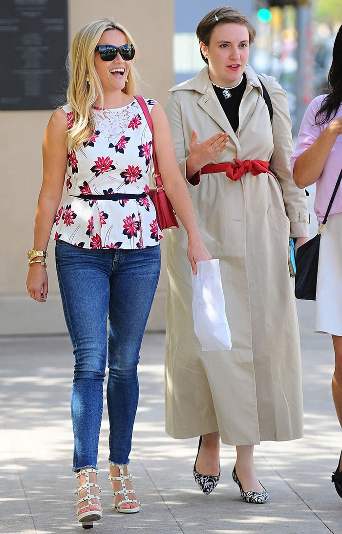 Reese-Witherspoon-Lena-Dunham-lunch-in-Beverly-Hills