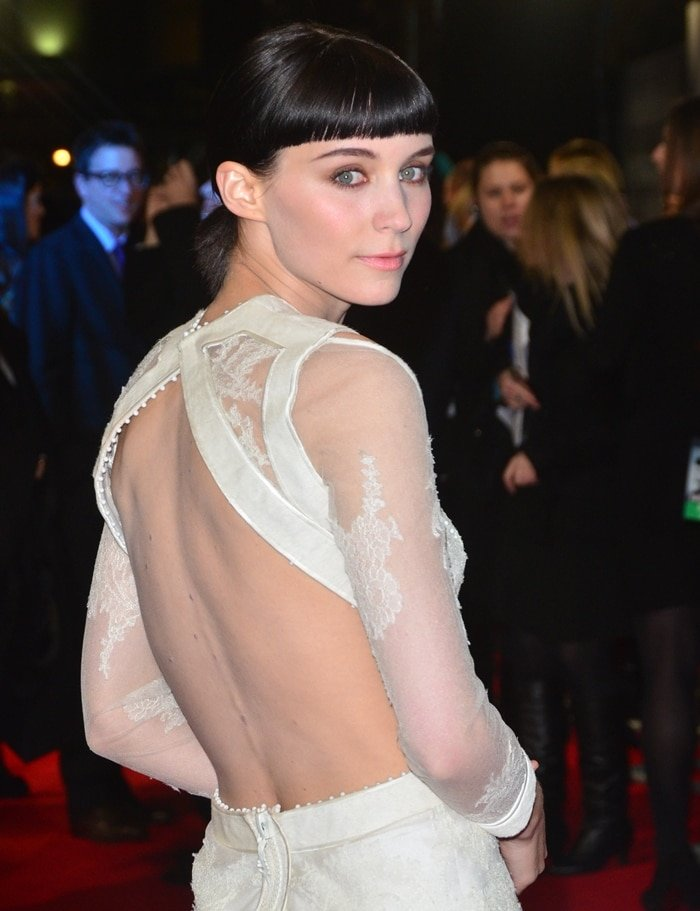 Rooney Mara attends the World premiere of The Girl With the Dragon Tattoo
