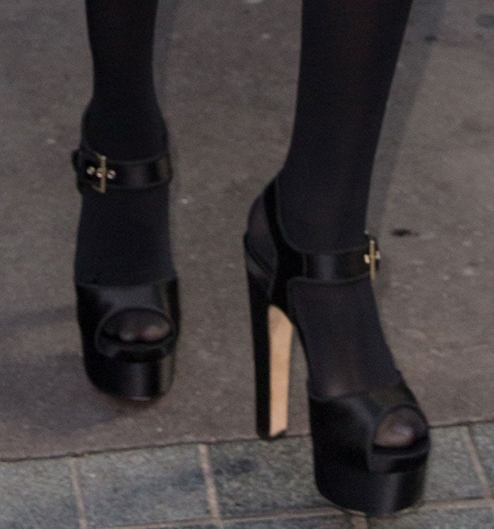 Selena Gomez finishes off her ensemble with a pair of Brian Atwood heels on her feet