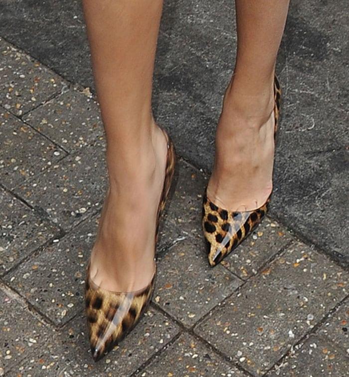 "the latest a6c77 44cbe Selena Gomez Wears Her Leopard-Print Christian Louboutin ""So ..."