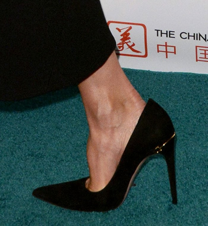"""Victoria Beckham shows off the detailing on her """"Adina"""" pumps"""