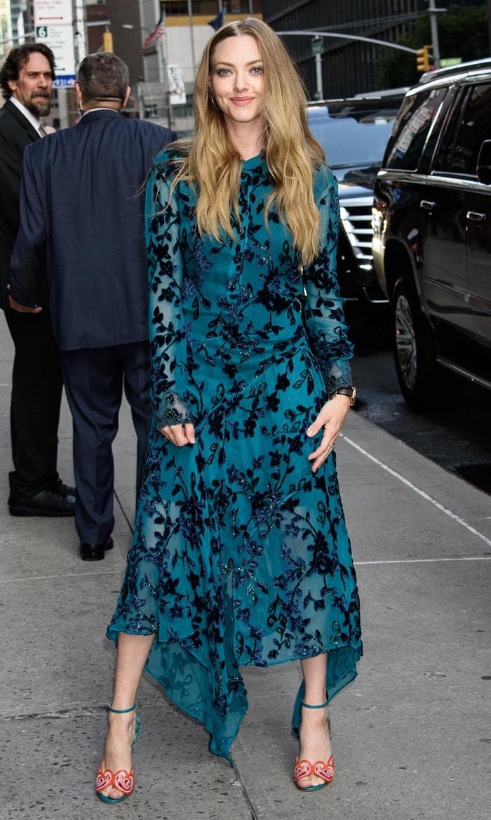 Amanda Seyfried in a teal midi dress by Chloe and Christian Louboutin Himaya sandals