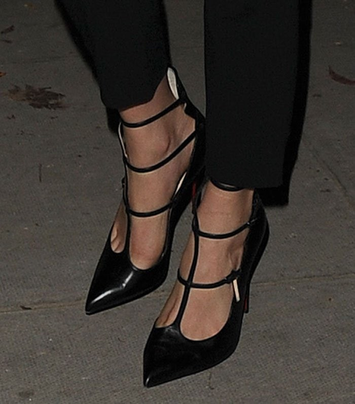 Cara-Delevingne-Christian-Louboutin-Toerless-Muse-Pumps-1