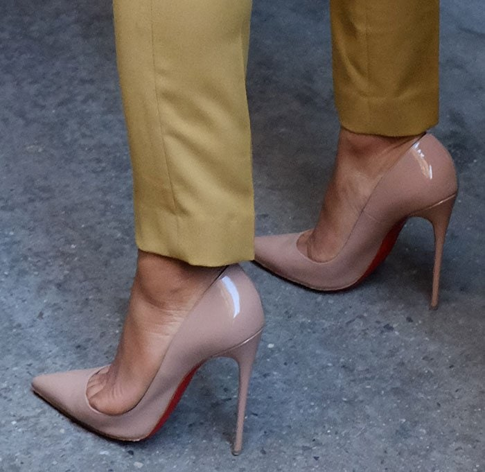 Christina Milian showed off her feet in Christian Louboutin pumps