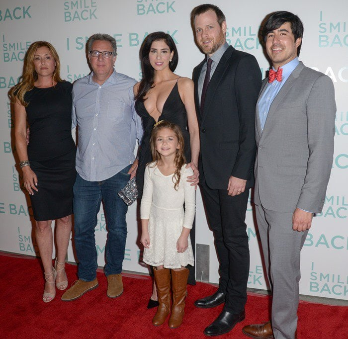 "Paige Dylan, Richard Arlook, Sarah Silverman, Shayne Coleman, Adam Salky, and Daniel Hammond attend the premiere of ""I Smile Back"""