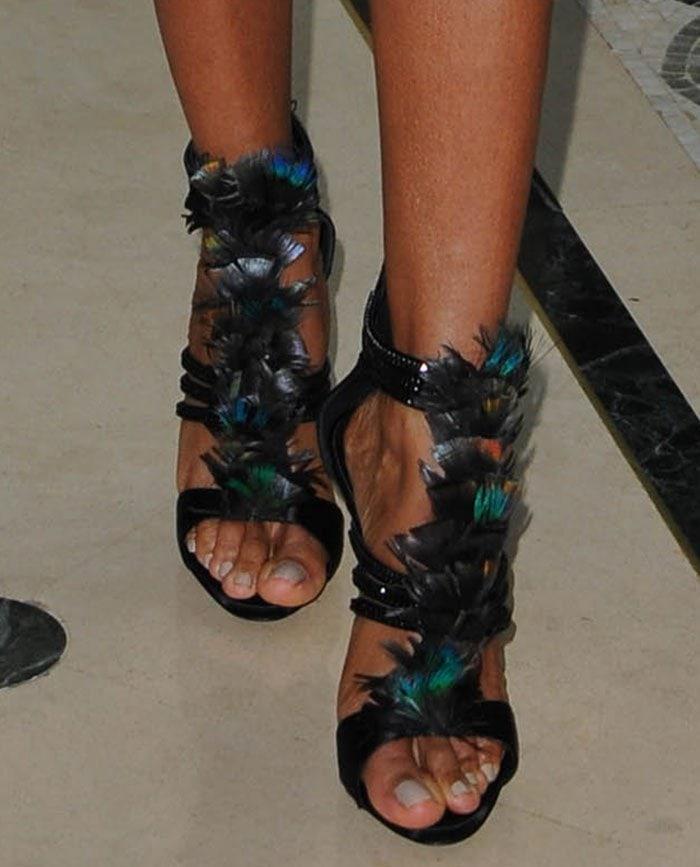Jada-Pinkett-Smith-Giuseppe-Zanotti-feather-crystal-sandals