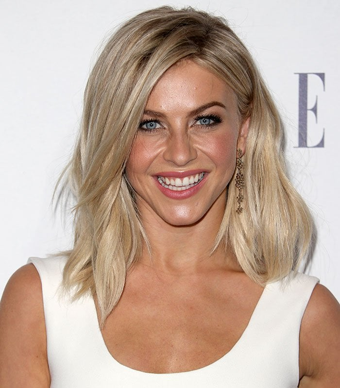 Julianne Hough's shoulder-length platinum locks were simply worn down, and her face was impeccably made-up with shimmering eye shadow, soft blush, and pink lipstick