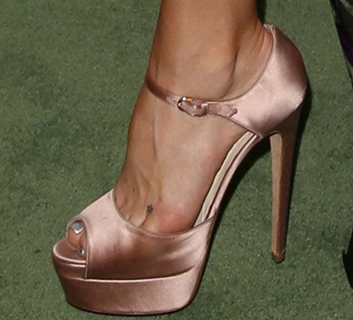 Kate Hudson La Mer Brian Atwood 3