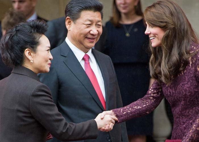 Kate Middleton UK China Dolce Gabbana 4