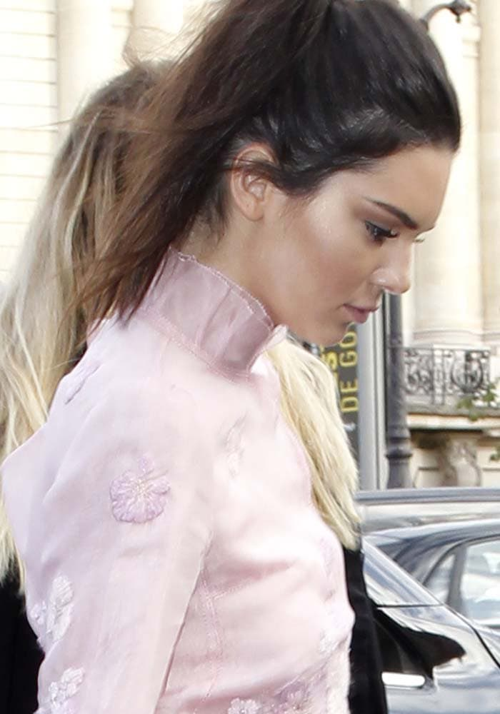 Kendall doesn't hesitate to help out a lesser known brand, this time donning a full look from the Shiatzy Chen runway during Paris Fashion Week.