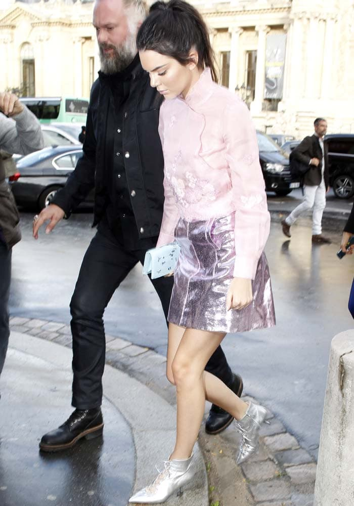 Kendall Jenner returns to her hotel after attending the Shiatzy Chen show at the Paris Fashion Week Spring/Summer 2016 held in Paris, France on October 6, 2015