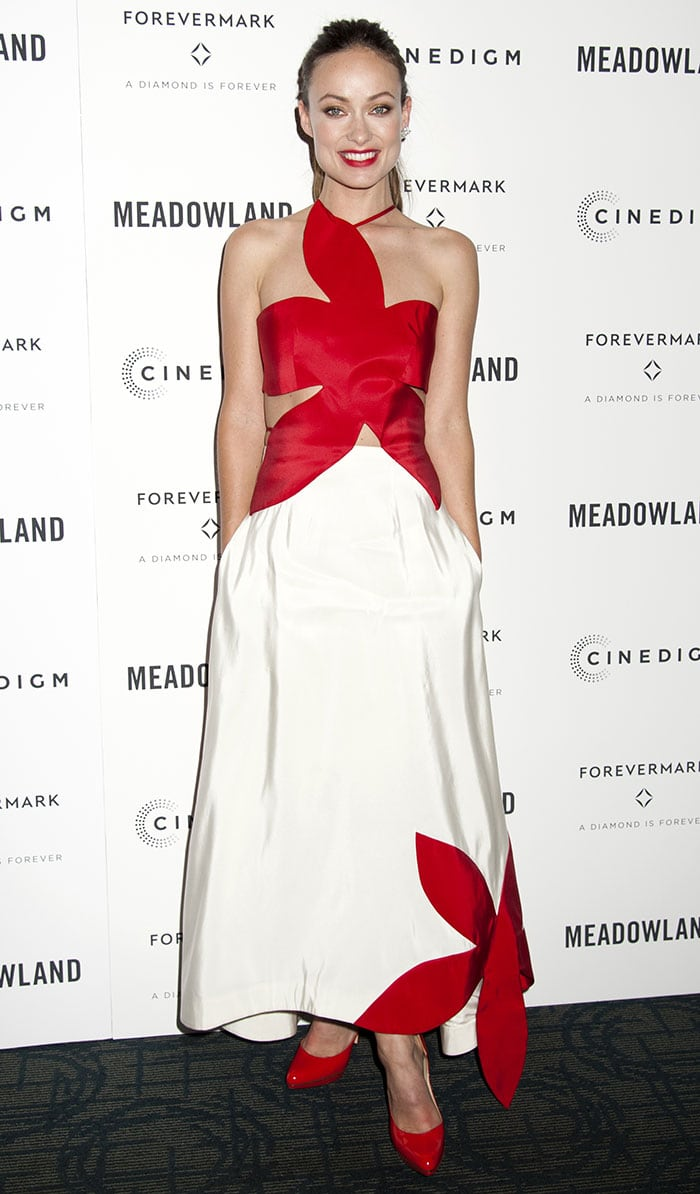 Olivia-Wilde-flashes-flesh-red-white-flower-dress