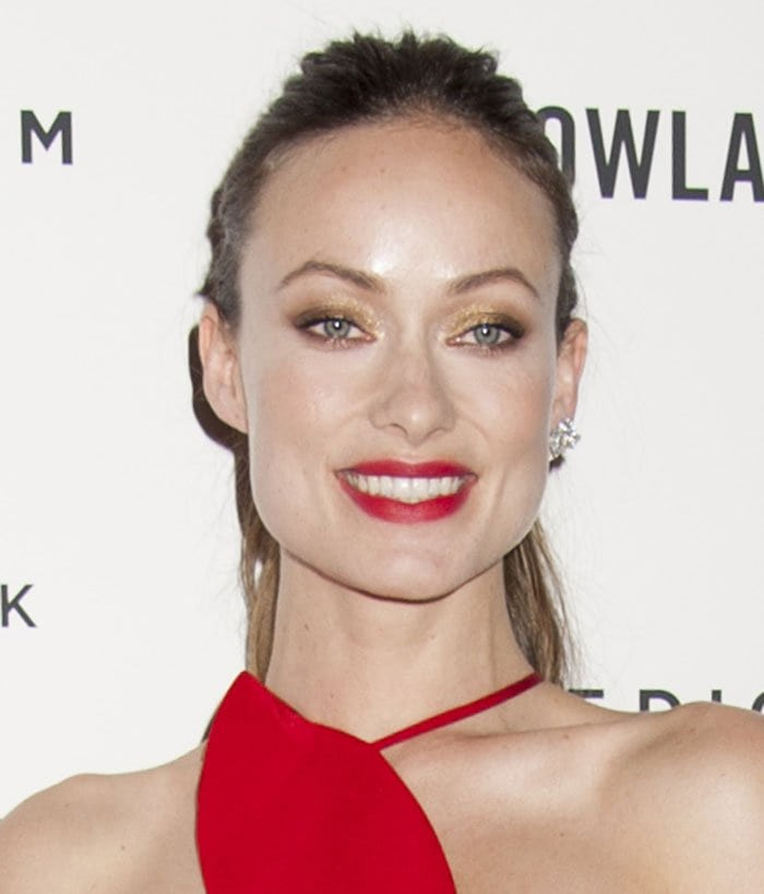 Olivia-Wilde-ponytail-hairstyle-red-lipstick