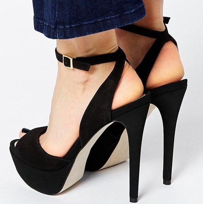 "Aldo ""Perelli"" Black Peep-Toe Platform Sandals"