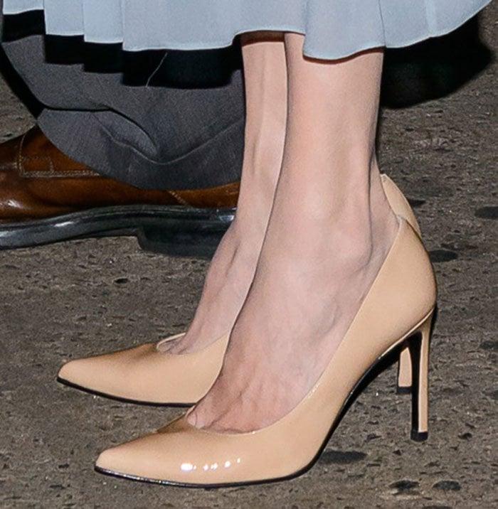 Angelina Jolie's feet in Stuart Weitzman pumps