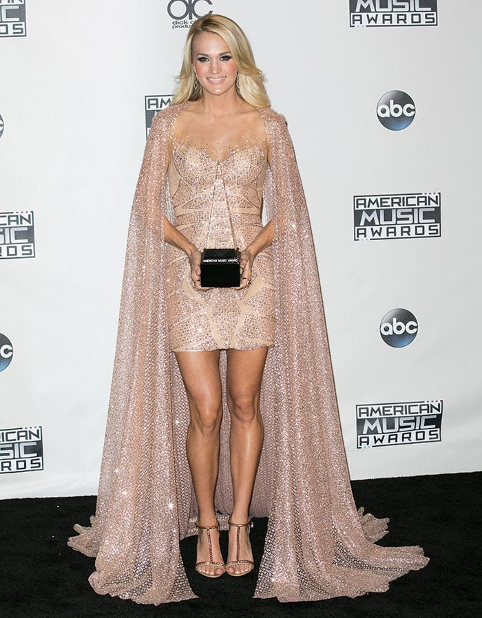 Carrie-Underwood-2015-AMA-Favorite-Female-Country-Artist
