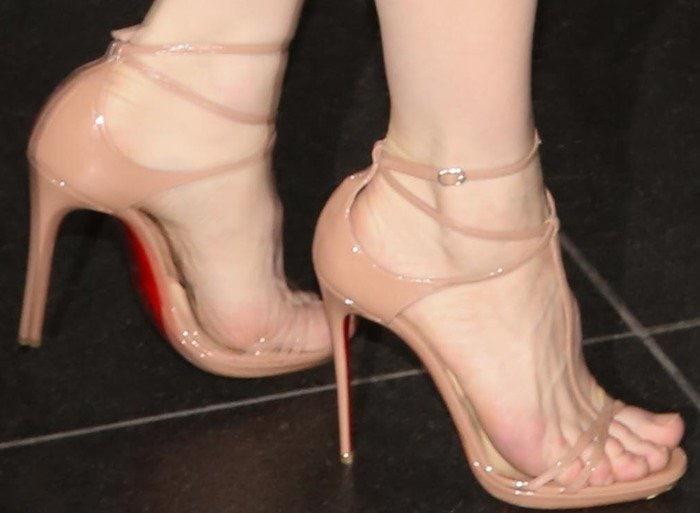Cate Blanchett's divine feet in Christian Louboutin sandals
