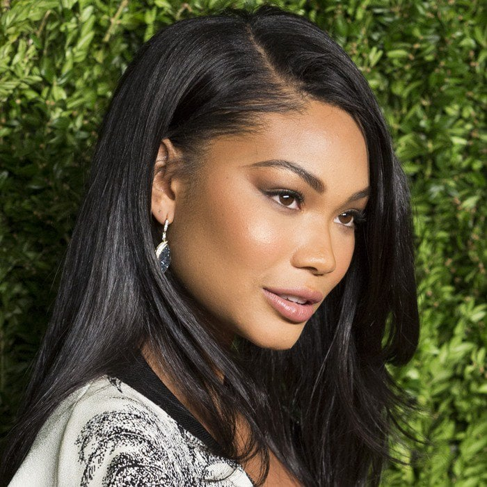 Chanel Iman wears her dark hair down at the 2015 CFDA/Vogue Fashion Fund Awards