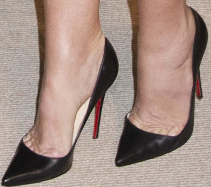 Demi Moore's feet in Christian Louboutin pumps