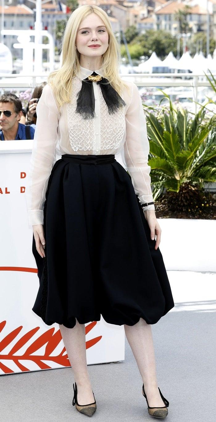 Elle Fanning's monochromatic Dior Spring 2019 Haute Couture ensemble