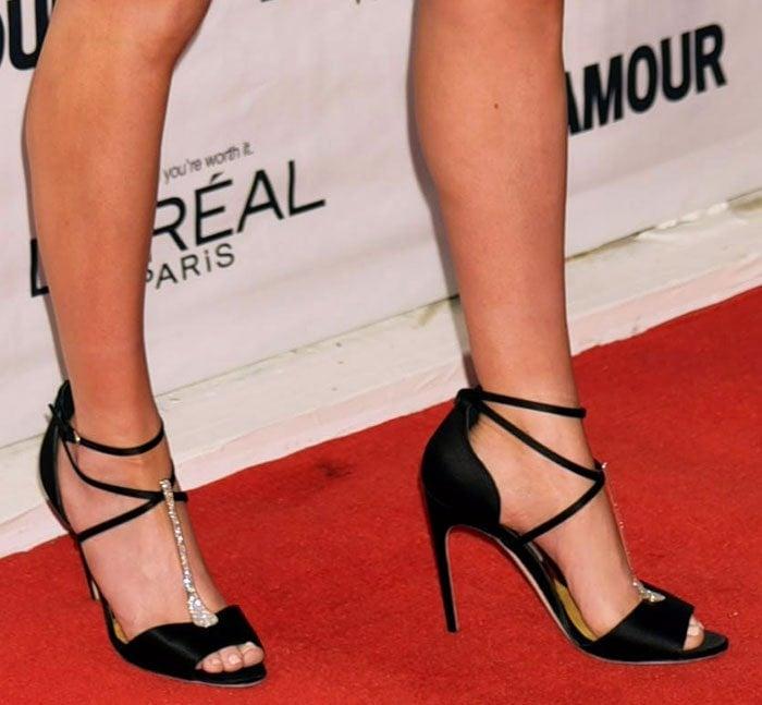 Ellie-Goulding-Brian-Atwood-Black-Satin-Embellished-T-Strap-Sandals