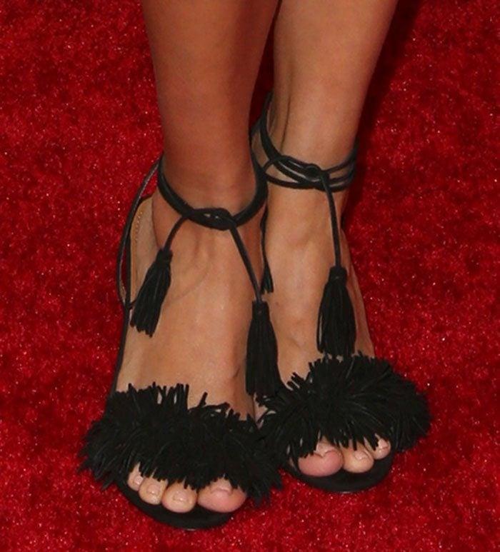 "Eva Longoria wearing Aquazzura ""Wild Thing"" sandals"