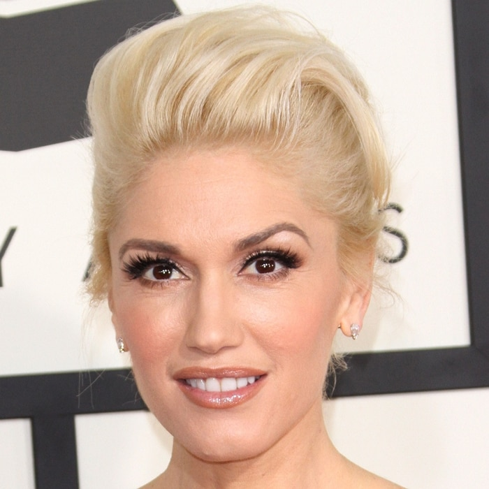 Gwen Stefani's face was free of aging wrinkles and sagging skin at the 2015 Grammy Awards