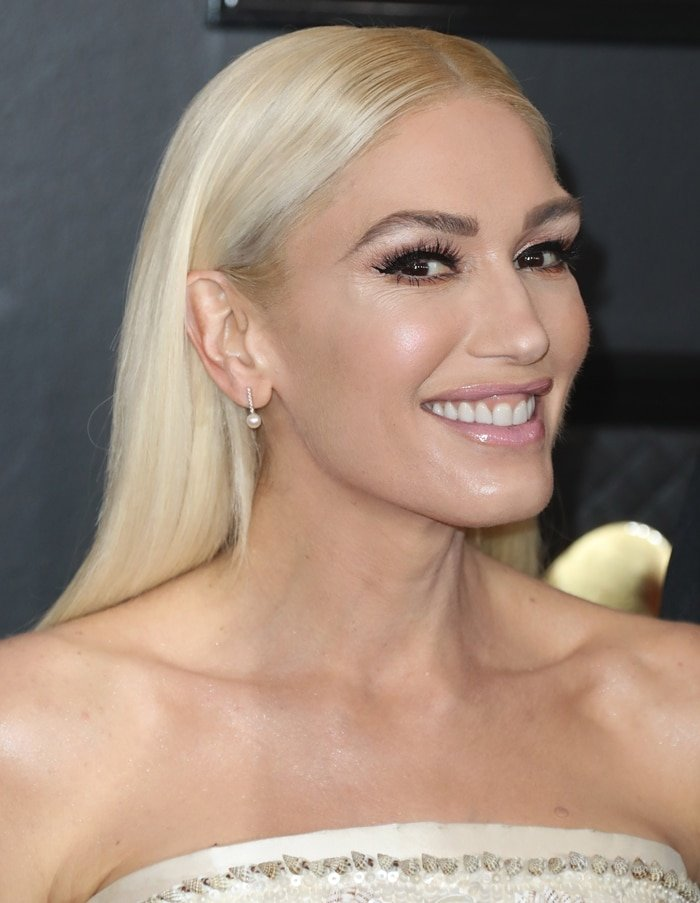 Gwen Stefani's face looked frozen at the 62nd Annual Grammy Awards in January 2020
