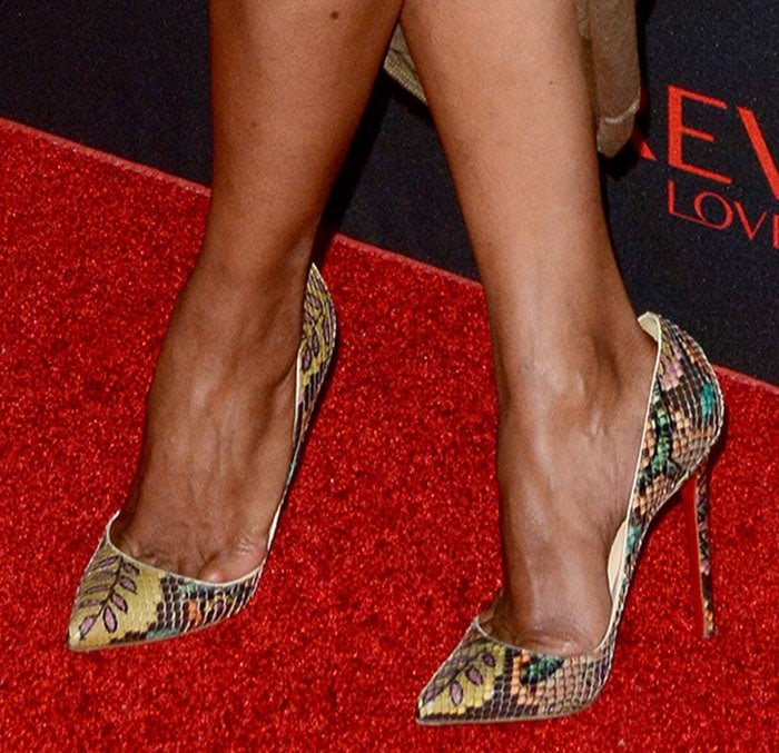 Halle Berry in Christian Louboutin pumps