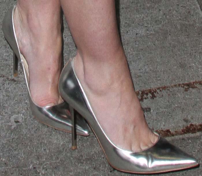 Jaime King's feet in Jimmy Choo pumps