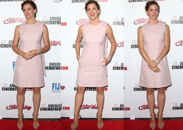 Jennifer Garner flaunted her legs in a beautiful blush-colored Valentino dress