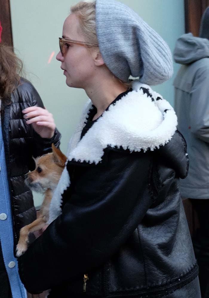 Jennifer Lawrence Dog Manhattan Rag Bone 4