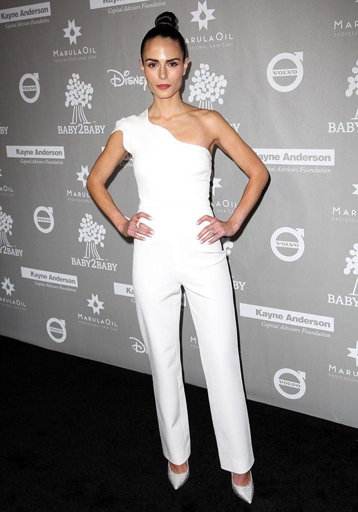 Jordana Brewster wears a white Cushnie et Ochs jumpsuit