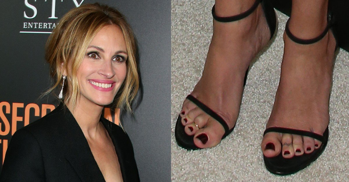 Julia roberts in givenchy jacket and stuart weitzman heels voltagebd Choice Image