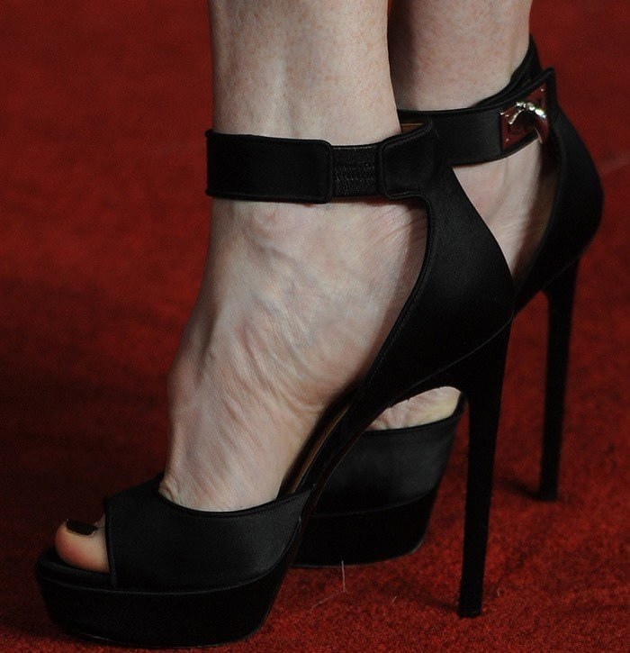 9777e86396d4 Julianne Moore in Crazy Sky-High Givenchy Shark-Lock Ankle Wrap Sandal