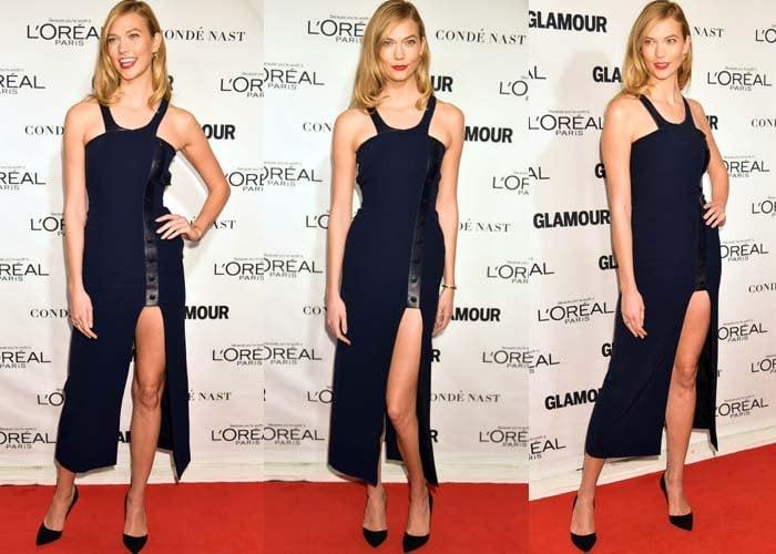 Karlie Kloss wears a blue dress from Mugler on the red carpet