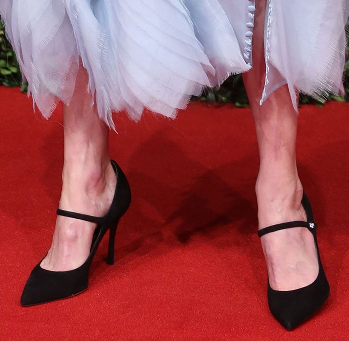 Kate Bosworth's feet in Tabitha Simmons pumps