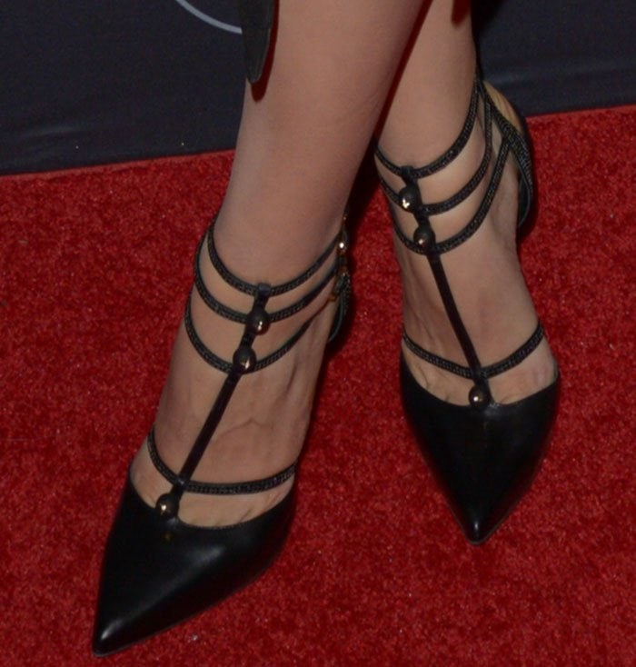 Katharine McPhee displays toe cleavage in Rene Caovilla shoes