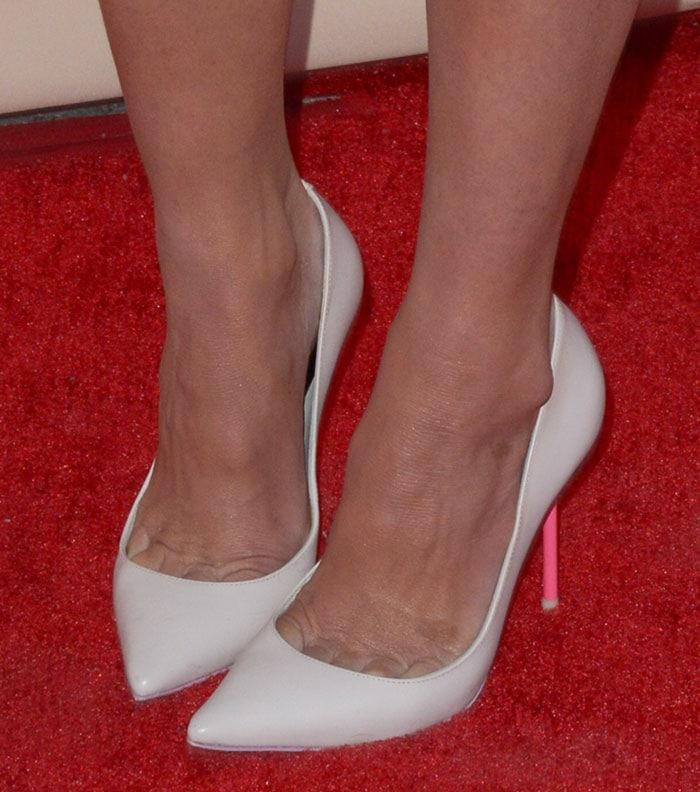 Olivia Munn's feet in Sophia Webster heels