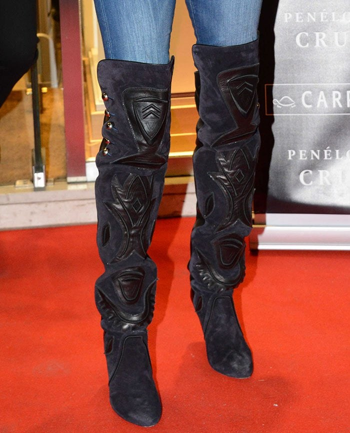 Penelope Cruz styled her jeans with Isabel Marant Becky boots