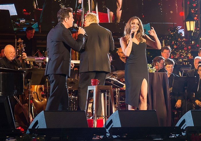 Katharine McPhee performs with Seth MacFarlane at The Grove Christmas